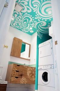 подвесной потолок в ванной комнате фото