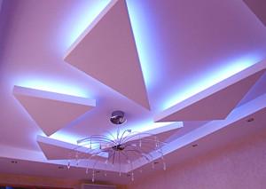 фигурные потолки из гипсокартона, фото, в зале