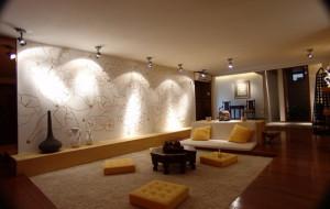 точечные светильники, в интерьере, на потолке